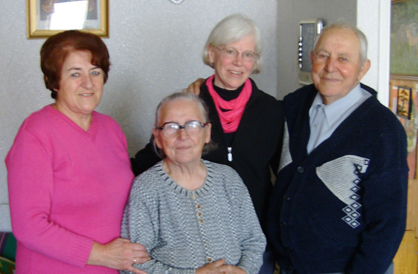 Peggy Reiff Miller meets with the Stanislaw Debert family in Pruszcz Gdanski, Poland.